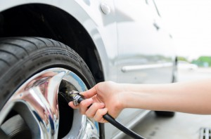 road_trip_tips-Check_your_tire_pressure