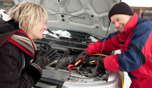 woman_getting_battery_boost-winter_driving-iStock_000015948352-ImageegamI