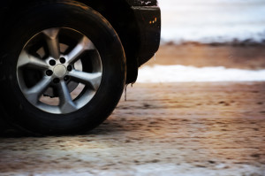 snow_tires_for_winter-iStock_000017952412_Small